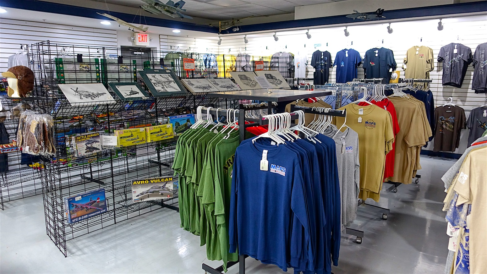 gift shop 3