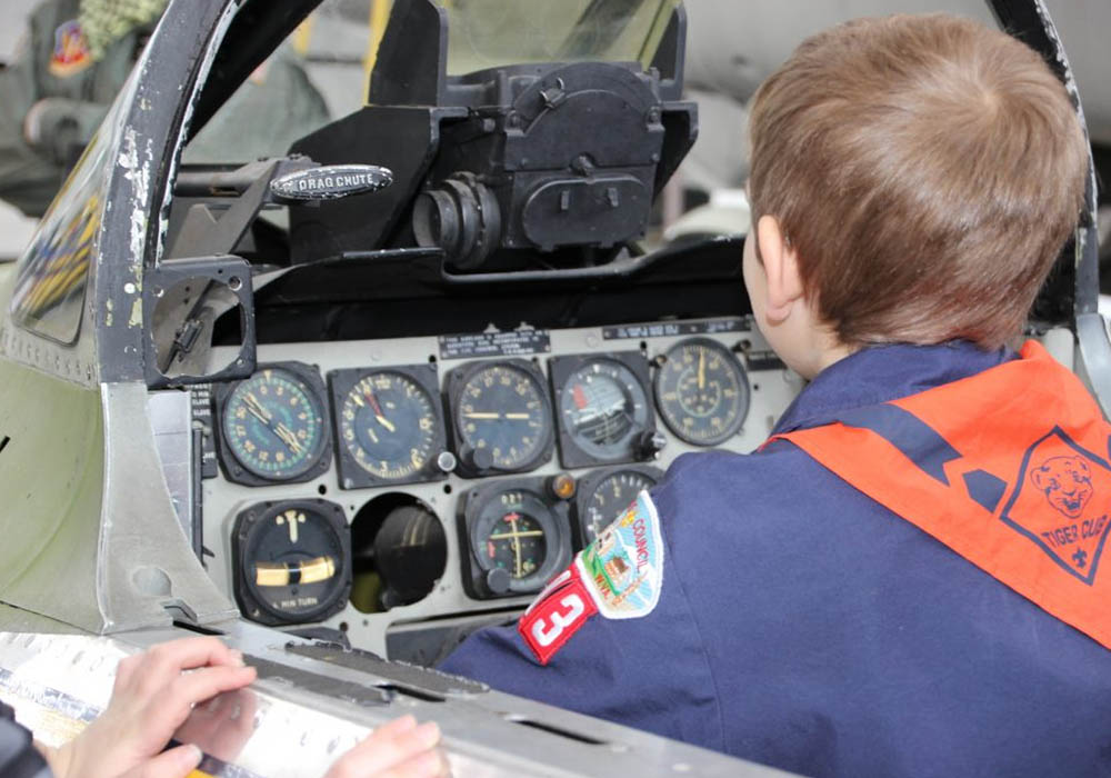Cub Scouts hands-on aviation
