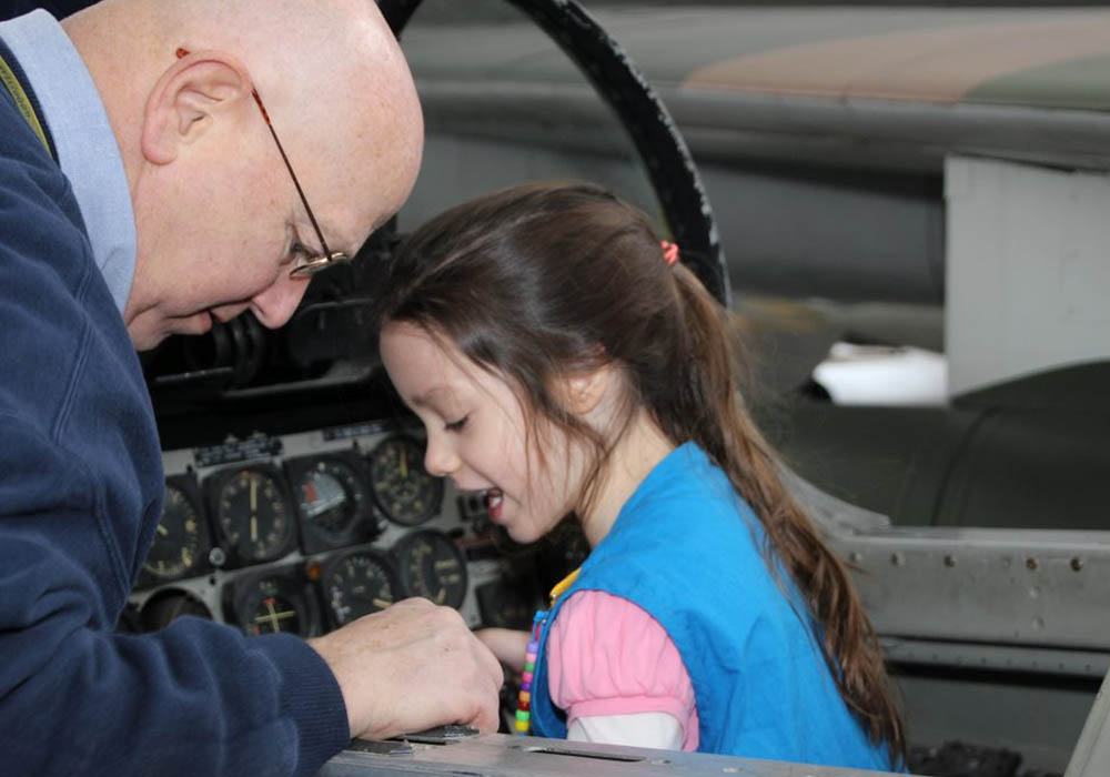 Girl Scouts hands-on aviation